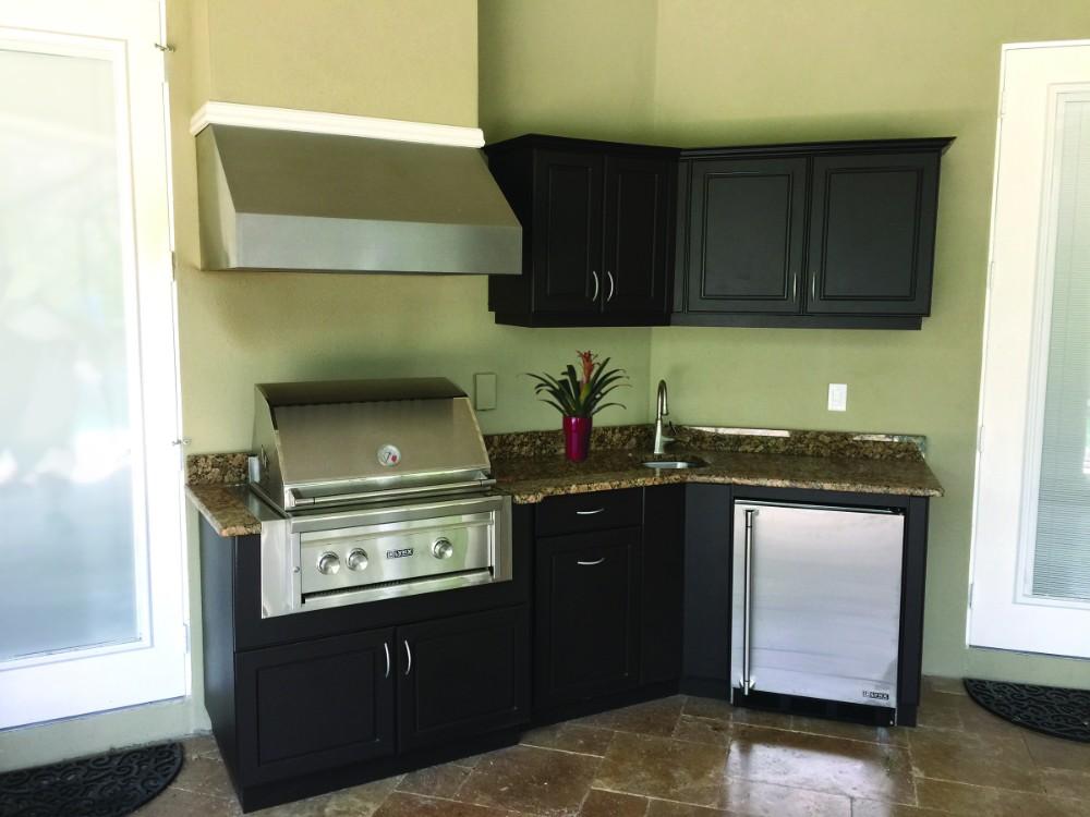 small patio kitchen plan