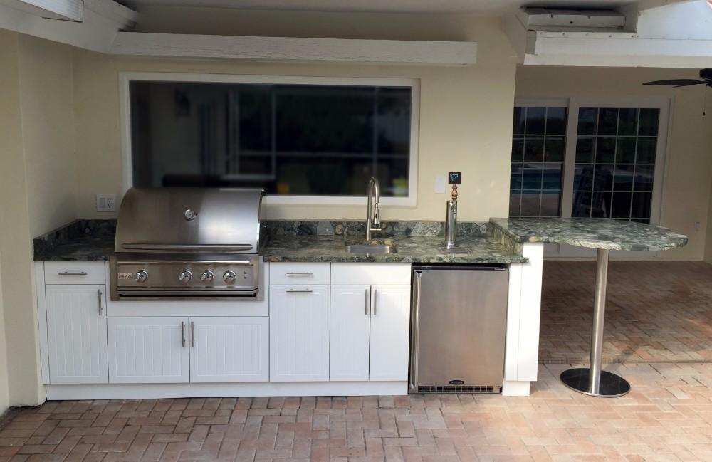 nice backyard kitchen design