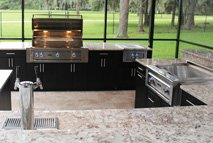 kitchen outside with built in grill