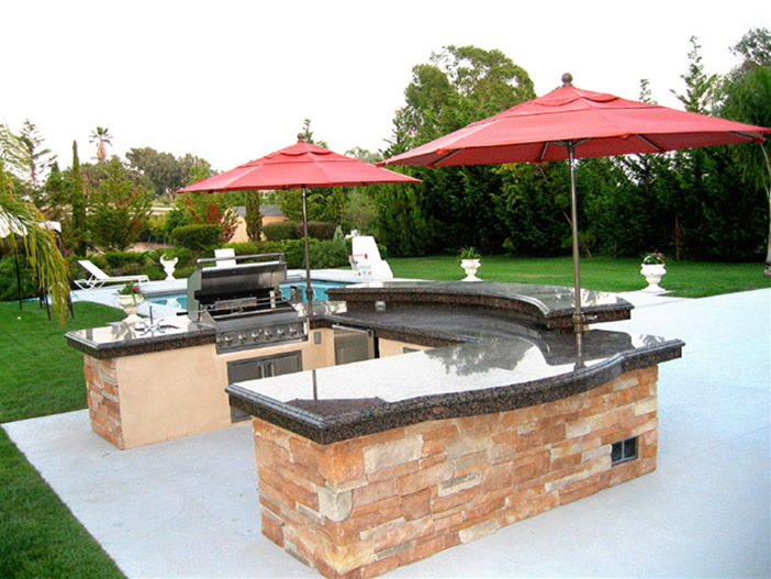 Tips On Planning Your Outdoor Kitchen