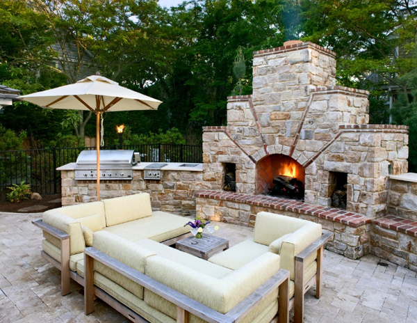 How To Decide On The Perfect Outdoor Kitchen Design For Your